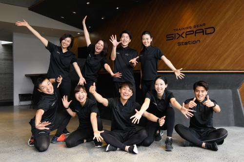 SIXPAD STATION 六本木トレーナー